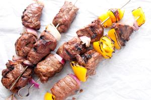 Piknik i grill bez glutenu, ale ze smakiem