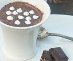 Gorąca gorzka czekolada z przyprawami