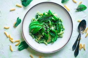 Zdrowy makaron z warzywami