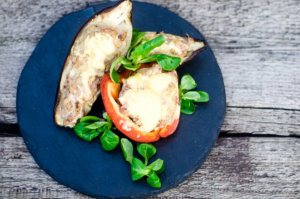 Warzywa nadziewane mięsem mielonym